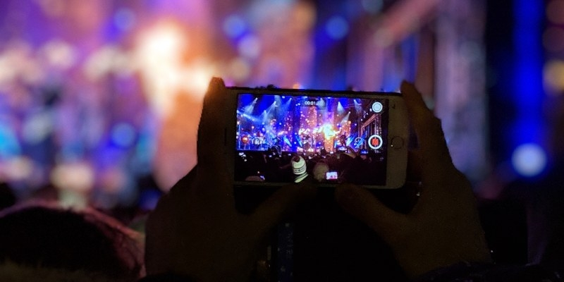 Im Jahr 2019 hat TikTok 49 Millionen Videos gelöscht
